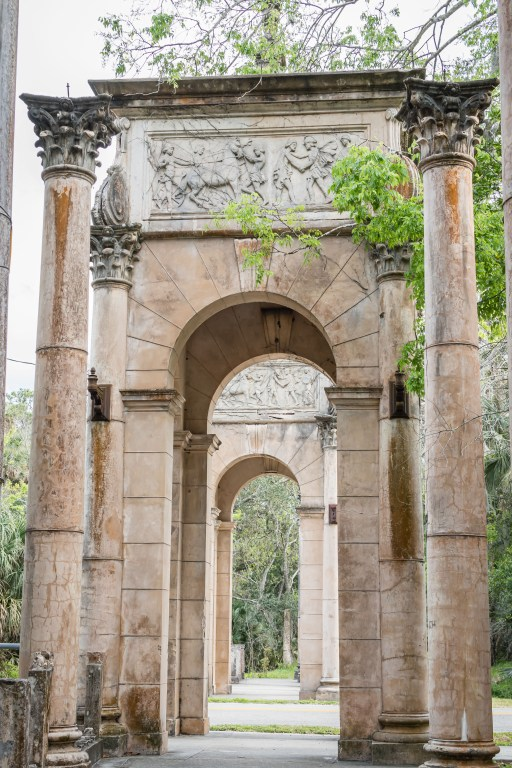 historic arches on Calle Grande is one of the top outdoor adventures