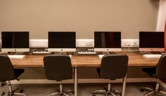 Nexus ICA Facilities - Mac Lab Desk