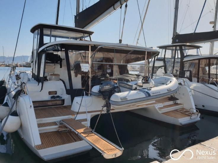 Image of Lagoon 42 yacht #11