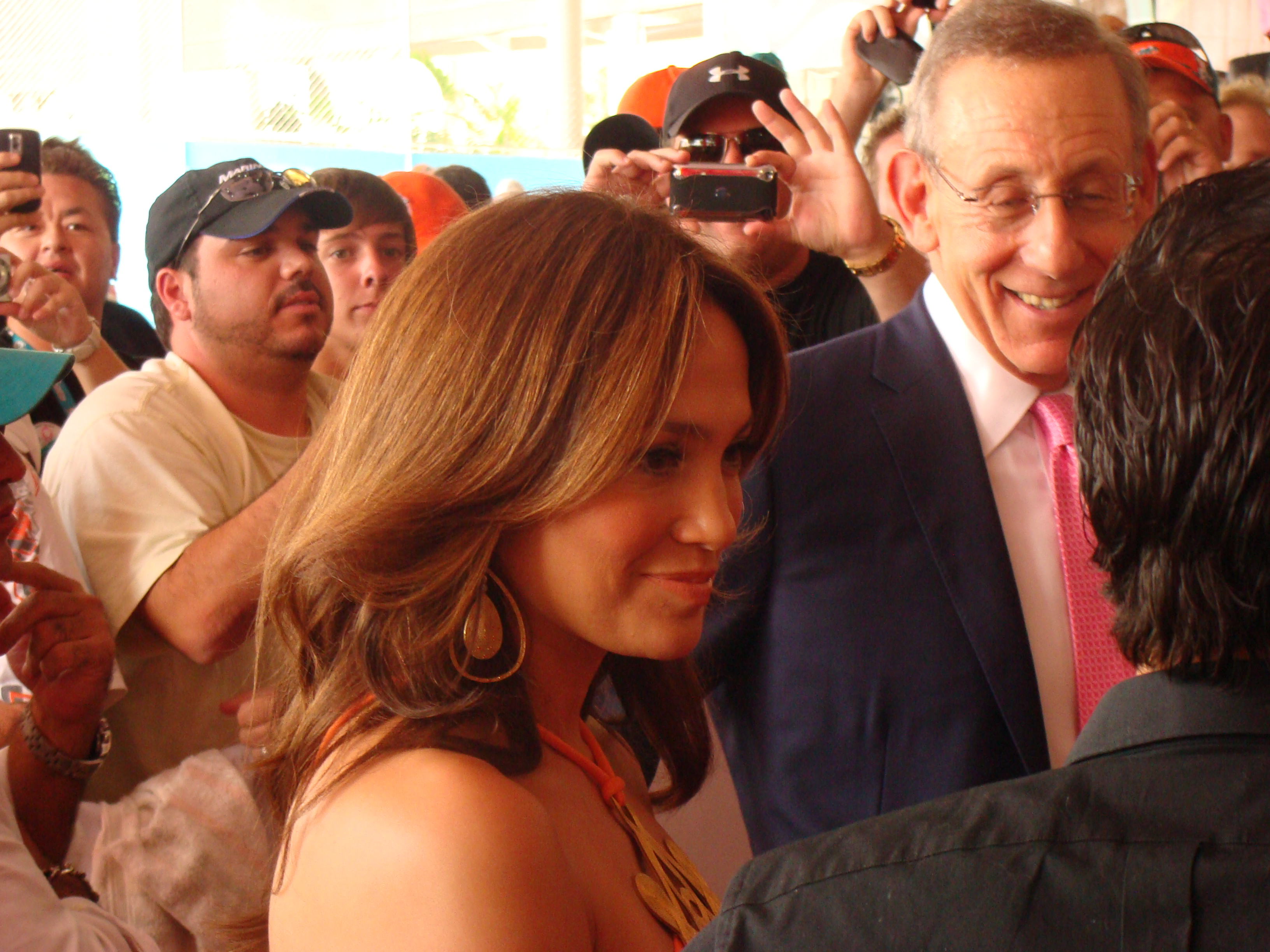 My news pal J-Lo and majority Dolphins owner Stephen Ross
