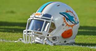Dolphins-Helmet-2 Dolphins Working Out OL Kitt O'Brien