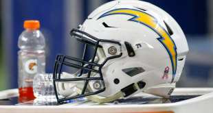 USATSI_9646659_168383805_lowres Chargers Sign 6 To Futures Deals Including LB Chris McCain