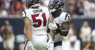 USATSI_9536287_168383805_lowres Colts Sign Former Texans OLB John Simon To Three-Year, $13.5M Deal