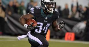 USATSI_9711371_168383805_lowres Eagles Sign RB Kenjon Barner To One-Year Deal