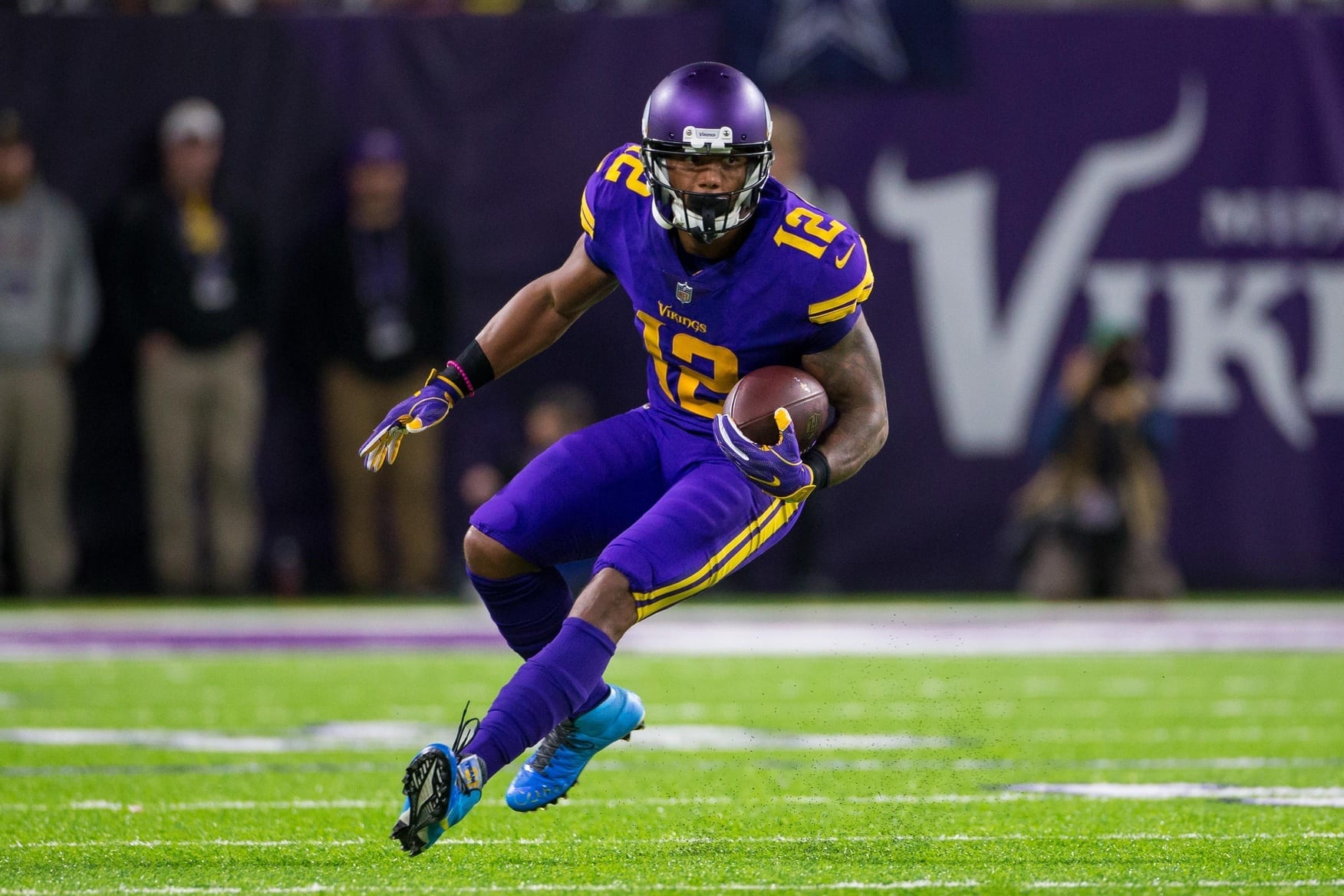 b6cb8263830 Eagles Sign Former AAF WR Charles Johnson To One-Year Contract ...