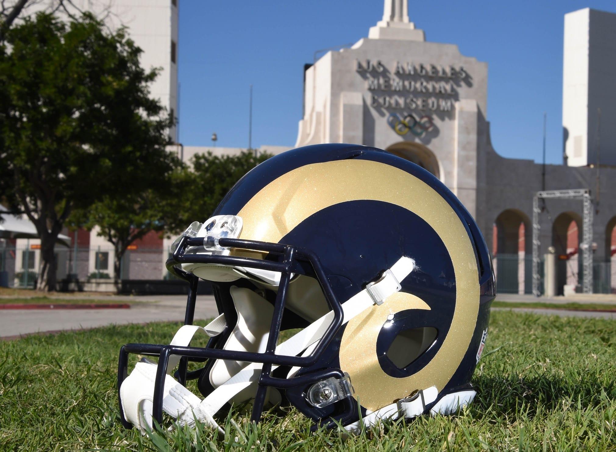 Rams-helmet-3
