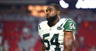 USATSI_9622680_168383805_lowres Jets Re-Sign LB Bruce Carter, Place OLB Lorenzo Mauldin On I.R.