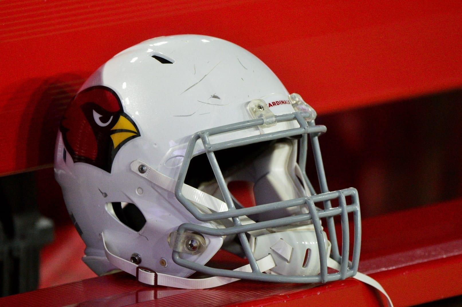 Cardinals-helmet-3