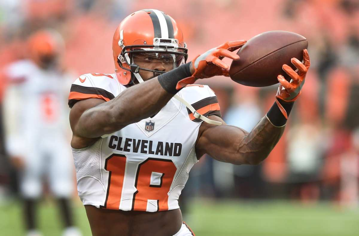Former Browns WR Kenny Britt Clears Waivers, Now Free Agent