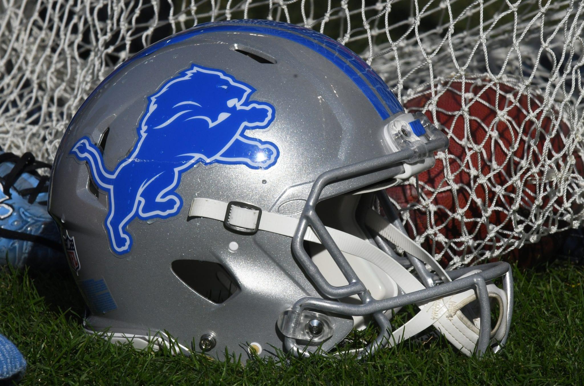 Lions-helmet-7