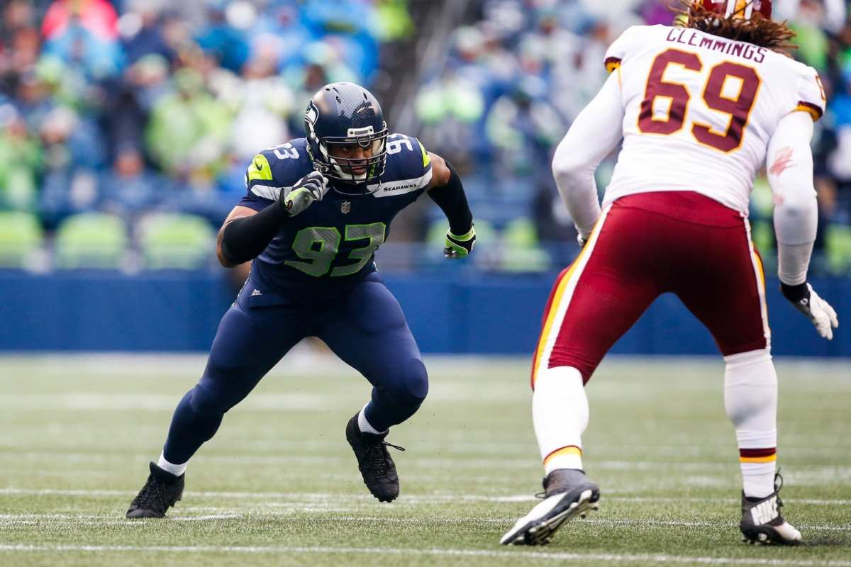 Seahawks Waive Veteran DE Dwight Freeney