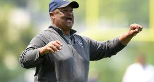 USATSI_9340274_168383805_lowres Bills Hire Former Titans OC Terry Robiskie As WRs Coach
