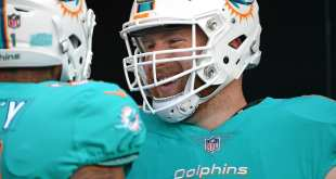 USATSI_10245499_168383805_lowres Dolphins Re-Sign ERFA C Jake Brendel