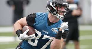 USATSI_10848417_168383805_lowres Jaguars Place TE Zach Conque On I.R. After Clearing Waivers