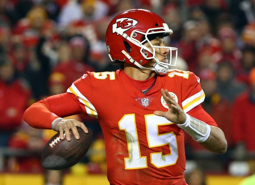 Patrick Mahomes Expected To Sign Record Deal Worth Around $200M In 2020