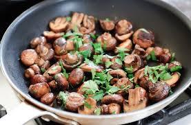 7 Makanan yang Mengandung MSG yang Alami dan Baik untuk Kesehatan