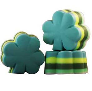 Crafts for St. Patrick's Day: 4 Leaf Clover Layered Soap Recipe