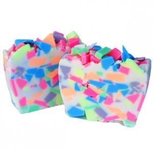 Crafts for Easter: Easter Confetti Soap Recipe
