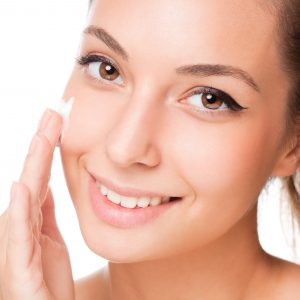 Meadowfoam Seed Oil Benefits for Moisturizing the Face