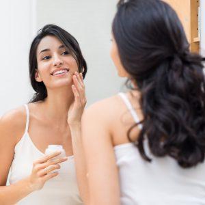 Lanolin Oil Benefits for Healing Skin