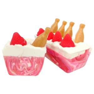 Coconut Soap Recipes: Strawberries and Champagne Cold Process Soap Recipe