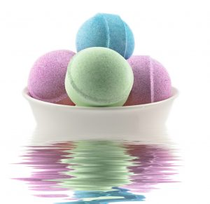 How to Color Bath Bombs Without Food Coloring