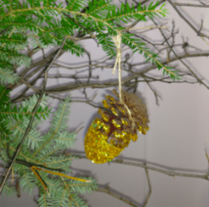 Ways to Scent Your Home For Christmas: Pinecone Christmas Ornaments Recipe
