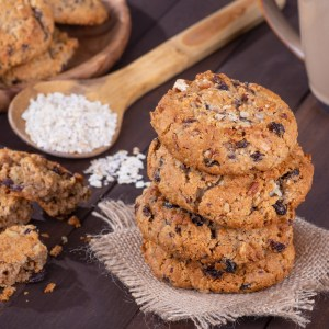 Our Favorite Christmas Cookie Recipes: Oatmeal Raisin Cookie Recipe