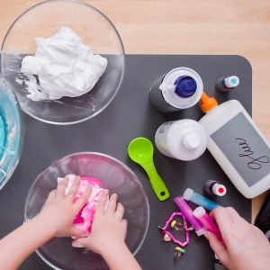 How to Make Scented Slime with Borax: Mixing Your Slime