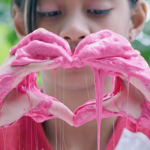 How to Make Scented Slime with Borax: Adding the Soap Colorant and the Fragrance Oil