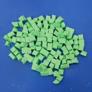 Dreama Melt and Pour Soap Recipe: Cutting the Green Embeds