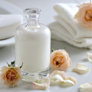 Using Yogurt and Powdered Milk in Soap Making