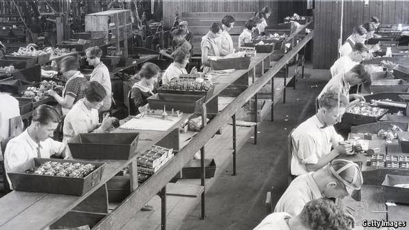 Tại sao việc làm ngành chế tạo kiểu cũ sẽ không quay lại phương Tây?