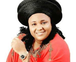 download mp3 chioma jesus prophetic praise