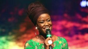 Sola Allyson – Iba (Afuye Gege Oba)