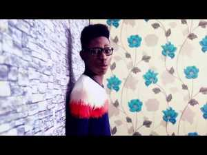 DOWNLOAD Mp3: Moses Bliss – E No Dey Fall My Hand
