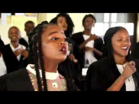 DOWNLOAD MP3: Umlazi Gospel Choir – Babusisiwe