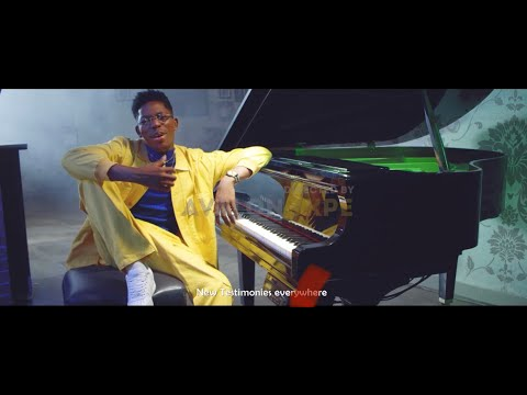 Download VIDEO: Moses Bliss – Taking Care