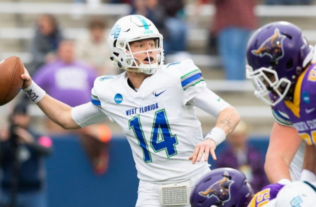 West Florida Defeats Minnesota State 48-40 to Claim First National Championship