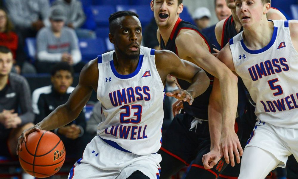 Hartford defeats UMass Lowell