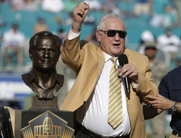 NFL News and Notes: Player Moves and the Loss of a Legend