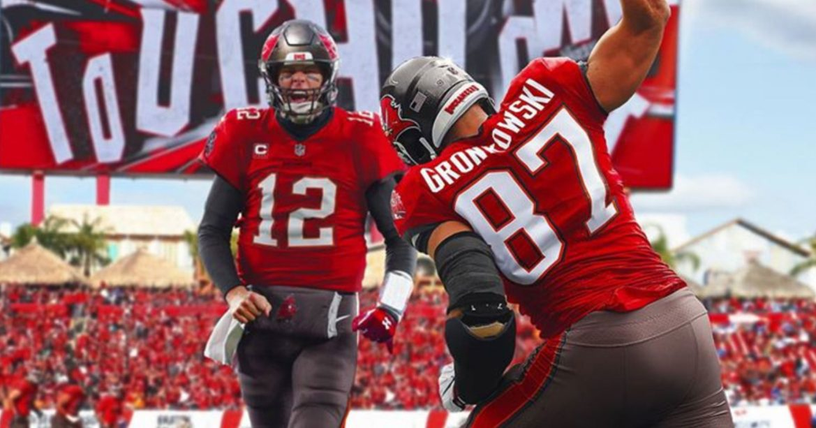 Tampa Bay Buccaneers: Positives From Bringing in Brady and Gronkowski