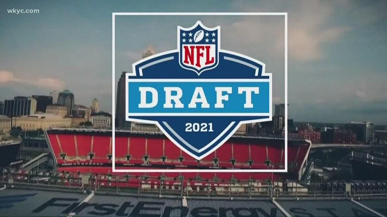 NFL Draft Profiles: Zach Wilson, Zaven Collins Among Big Board Risers
