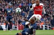 Ashley Young nói gì sau trận thua 0-2 trước Arsenal