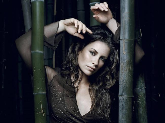 Canada Evangeline Lilly -gay-me-man-voi-nhung-hinh-anh-sieu-sexy3