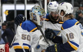 St. Louis Blues vence Jogo 5, por 5-0, contra San Jose Sharks