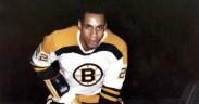 Willie O'Ree, jogando pelo Boston Bruins