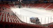 Arena de hockey no gelo vazia