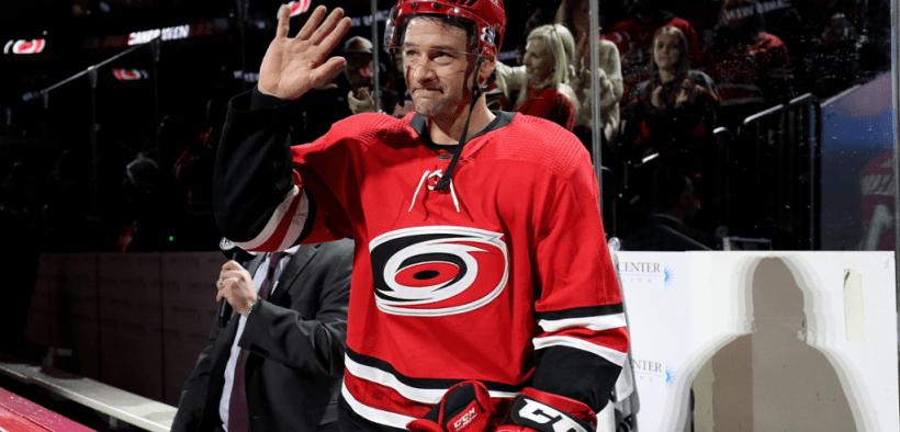 Justin Williams, ganhador de 3 Stanley Cups, anunciou a aposentadoria em outubro