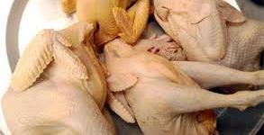 Cách chọn gà ngon cho ngày tết